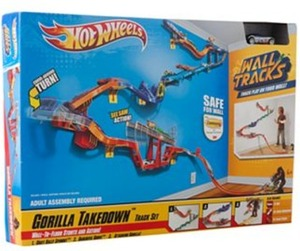 Hot Wheels Wall Tracks Gorilla Takedown