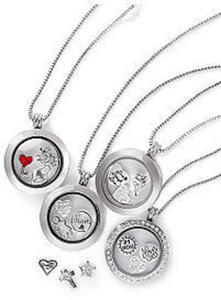 Charming Lockets Collections