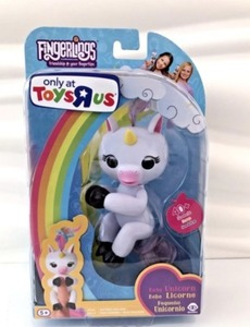 Fingerlings Unicorn Gigi